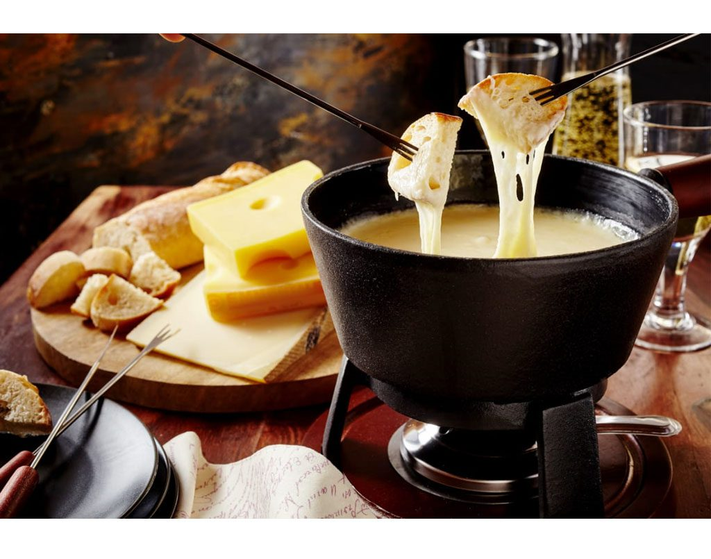 INNOVATING COOKING WITH CHEESE