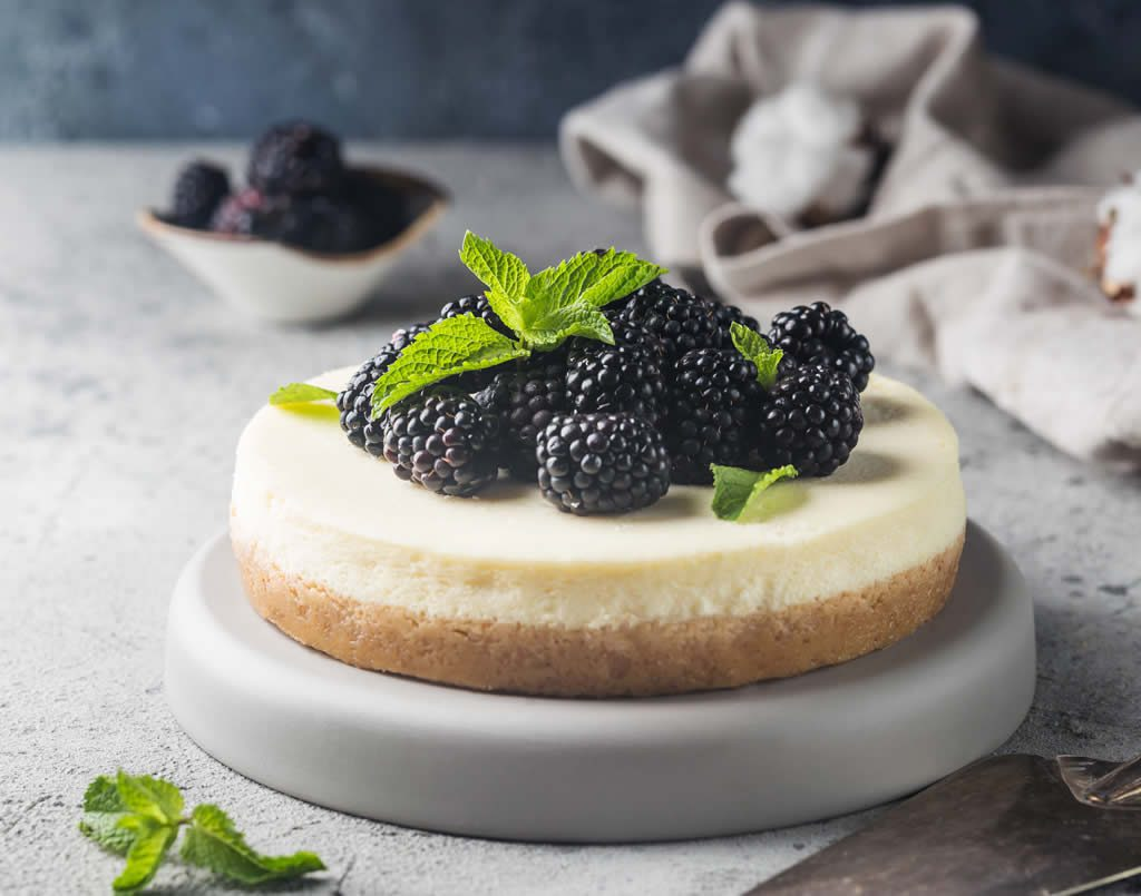 Cheesecakes making