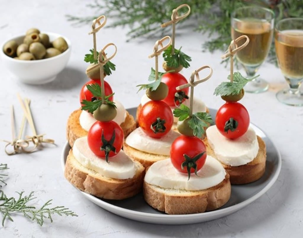 Plated Christmas appetisers  (online class)
