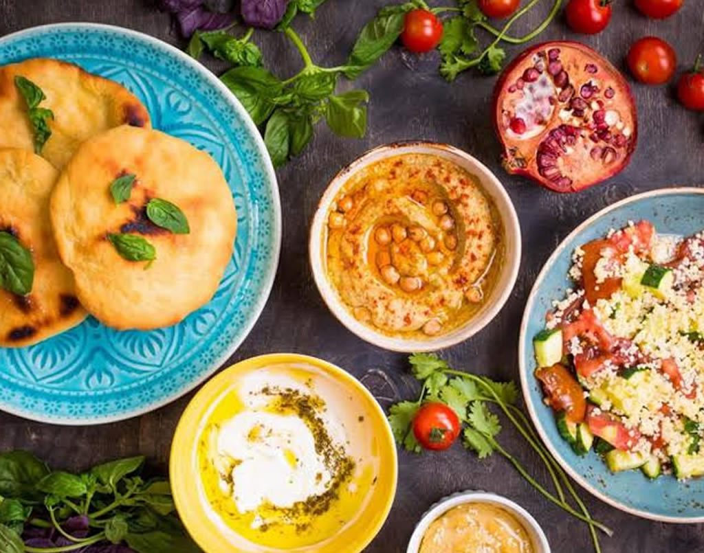 Middle eastern Breads & Dips